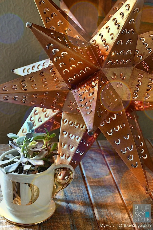 Paint a metal star with Fusion Copper metallic paint.